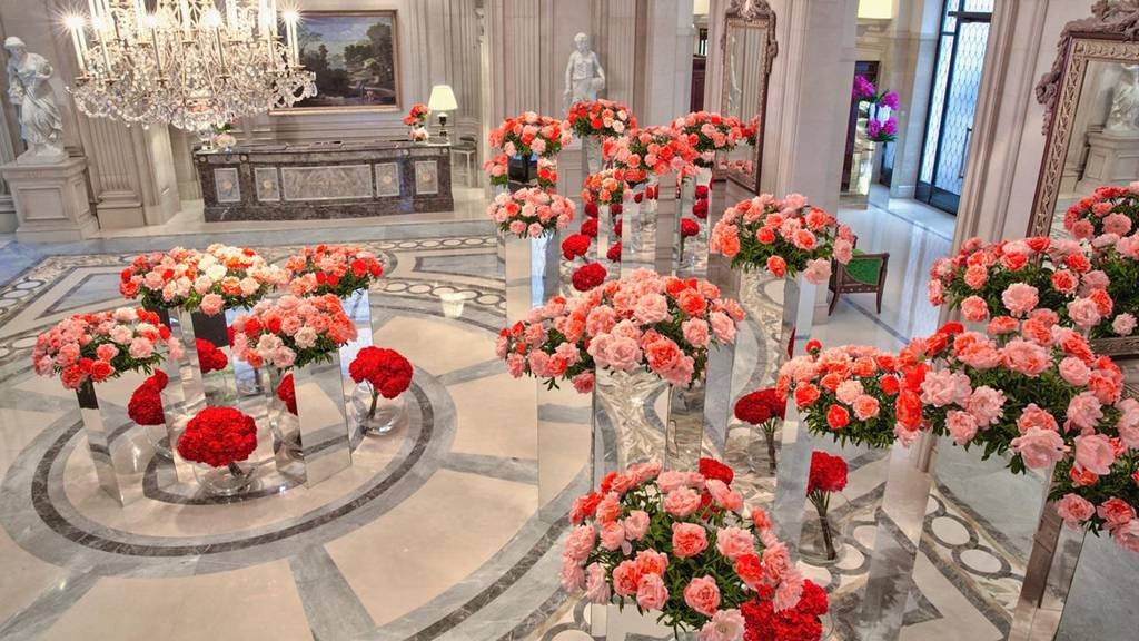 four seasons paris lobby